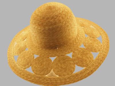 Cappello paglia forme forate