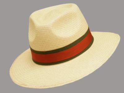 Cappello paglia chiaro con cinturino