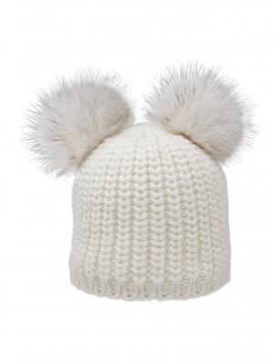 Cappello bianco con orecchie